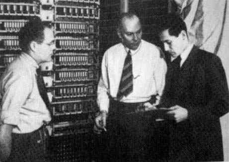 howard aiken Howard hathaway aiken (nova jérsei, 8 de março de 1900 — st louis, 14 de março de 1973) foi um pioneiro da computação, sendo o engenheiro principal no desenvolvimento do computador harvard mark i da ibm [1.